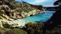 Yachtcharter Balearen - Naturbelassene Buchten gibt es häufiger als man denkt