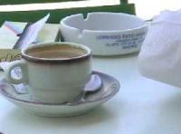Charter Spanien - Das Frühstück besteht meist nur aus einer Tasse Kaffeeie Uhren anders