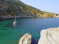 Yachtcharter Kykladen: Buchten, ganz für sich alleine