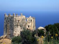 Bootscharter Kykladen: Zeugnisse der Antike - Wachturmruine auf Naxos