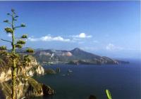 Yacht Charter Italien: Erhaben - Blick von Lipari nach Vulcano