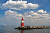 Yachtcharter Ostsee: Wahrzeichen - Rot-Weiße Leuchttürme