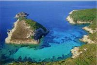 Yachtcharter Korsika: Südostküste Korsikas - Inseln und romantische Ankerbuchten