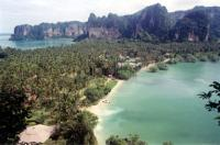 Bootscharter Thailand: Beliebte Ankerbucht - Railay Beach in der Bucht von Krabi